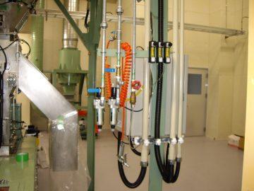 乾燥機用バグフィルタ集塵機による目詰まり防止