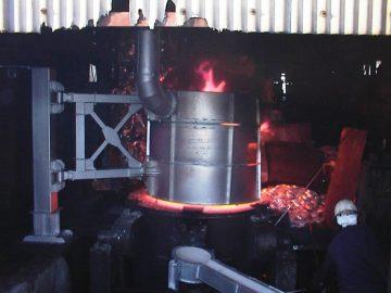 溶解炉用バグフィルタ集塵機による高熱化防止